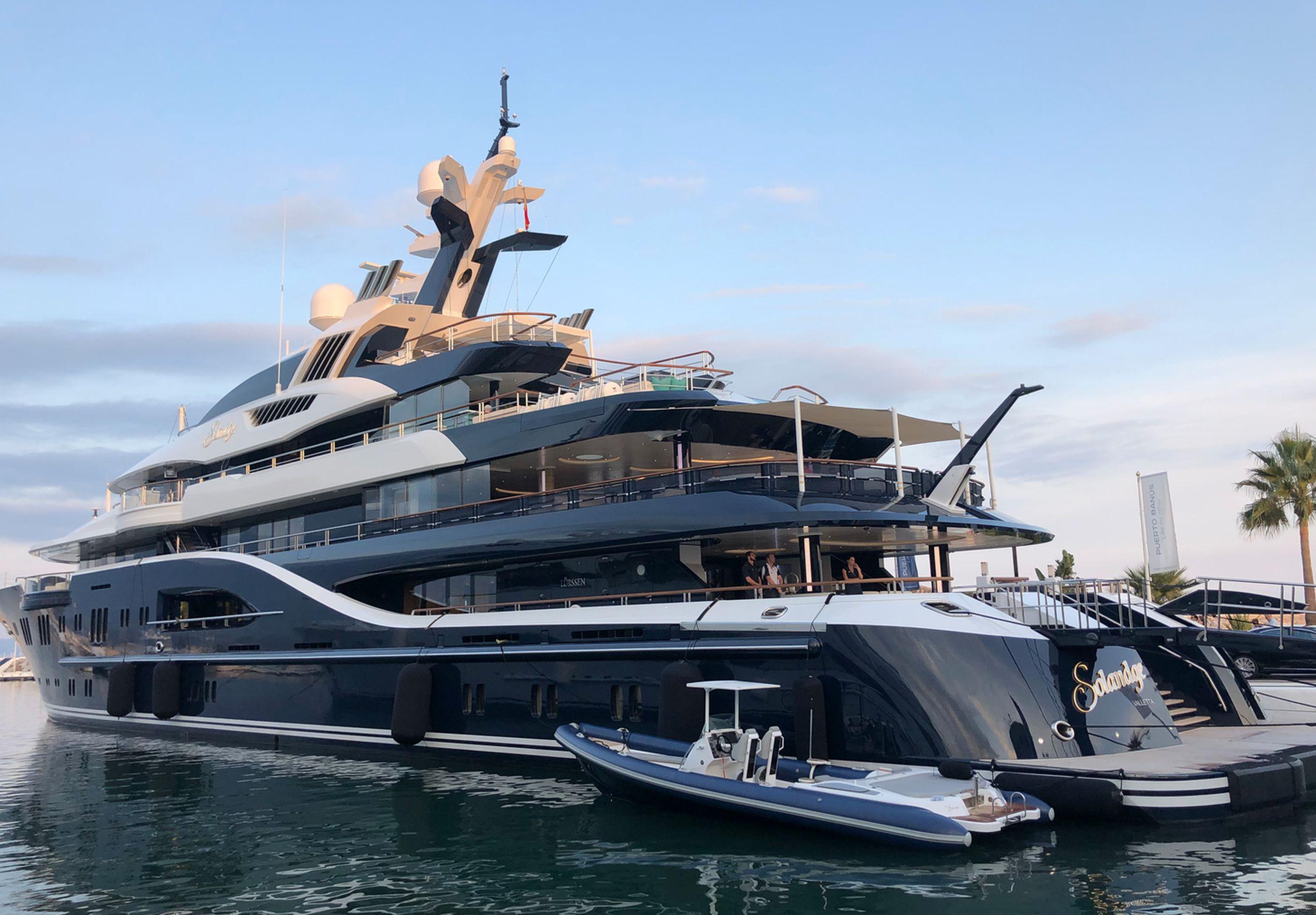 Espace de fitness sur Le Yacht Solandge à Nice
